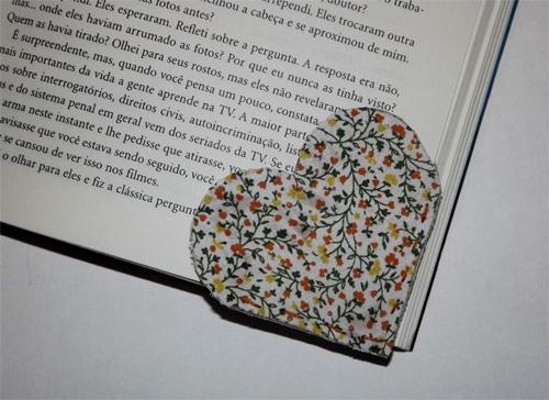 marcador de páginas de coração