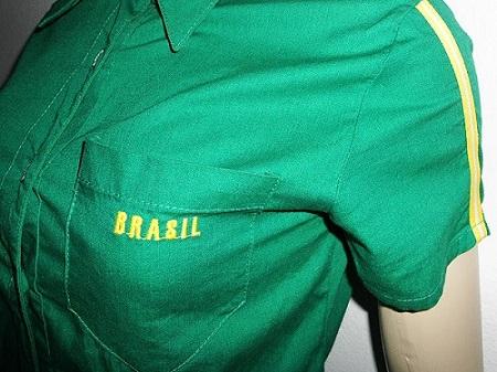 camisa customizada com tema Brasil