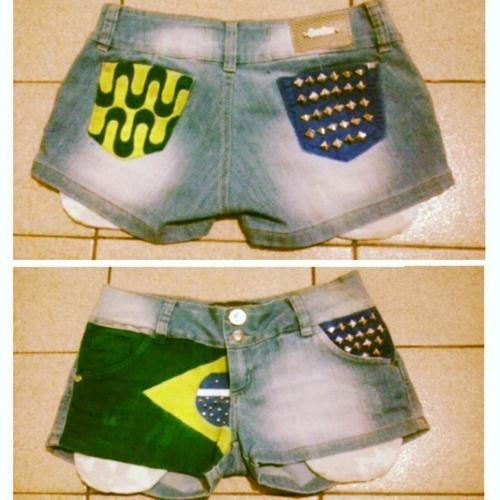 inspiração Brasil - short jeans customizado com bandeira do Brasil