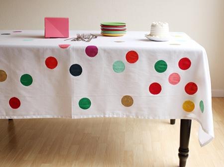 toalha com bolinhas (confetes)