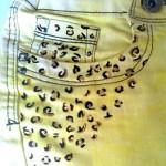 Customizando short: amarelo e oncinha