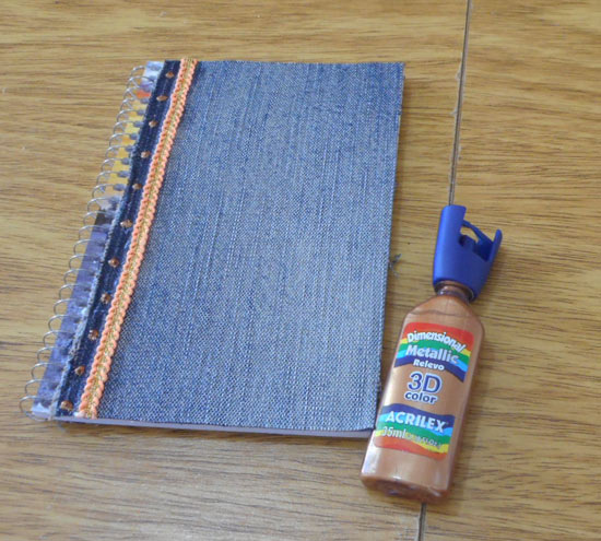 Como customizar cadernos para a volta às aulas