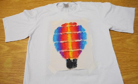 como-customizar-camiseta-pintura-balo-estencil-diy-11