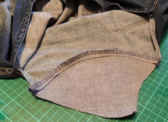 Como fazer remendo em calça jeans rasgada entre as pernas, como consertar calça jeans, como remendar rasgo calça jeans