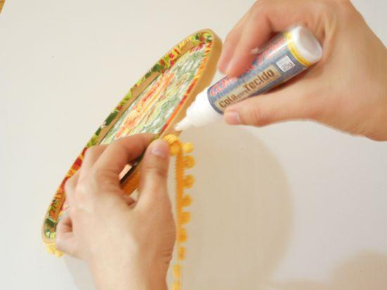 Como fazer mini mural decorativo usando bastidor