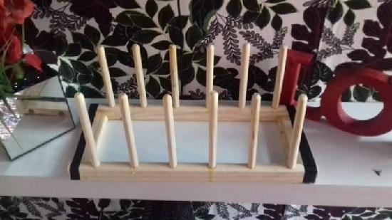 DIY escorredor de pratos de madeira