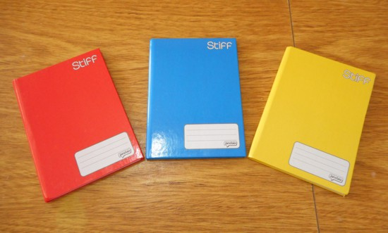 Como fazer caderno de panda e como customizar cadernos com colagens
