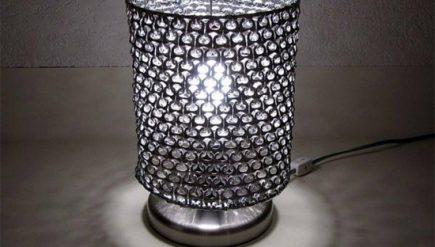 Como fazer luminária com lacre de latinha