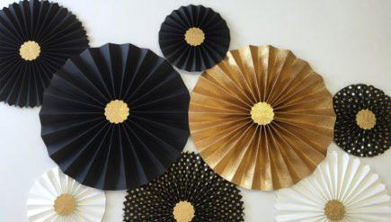Como fazer rosetas de papel para decoração de ano novo - flor de papel