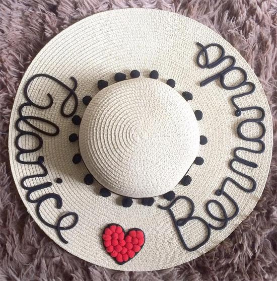Chapéu de palha customizado com nome