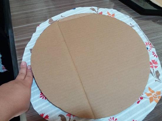 Como fazer sousplat decorativo com papelão