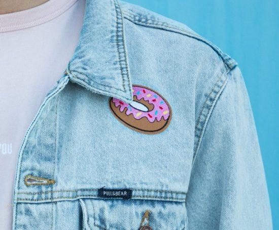 Ideias de patches para personalizar seu jeans
