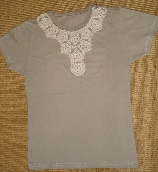 Customização de camiseta com crochê