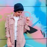 Como combinar suas roupas com o turbante durante a quimioterapia