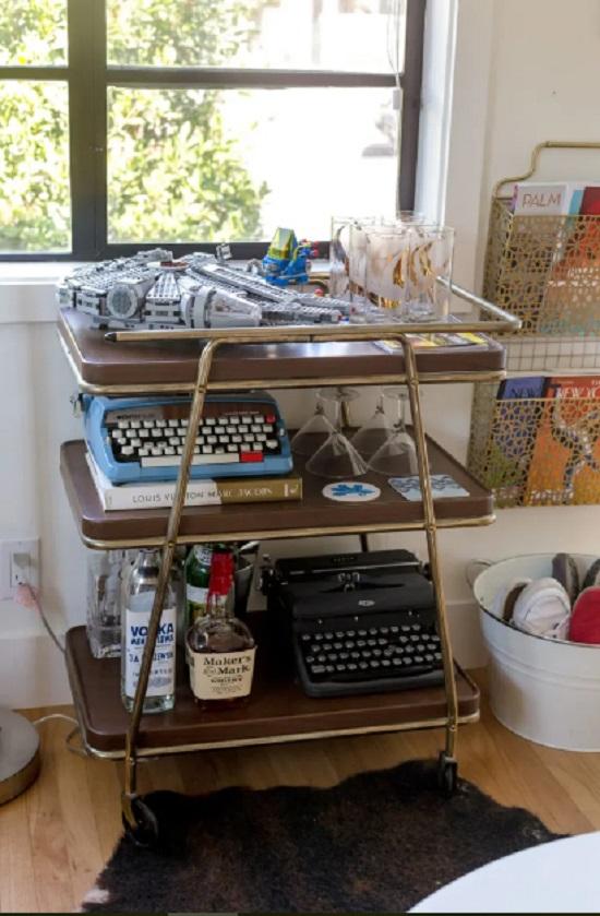 Decoração com maquina de escrever antiga