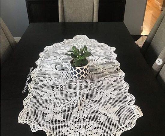 Caminhos de mesa de crochê