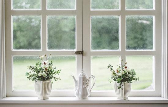 Confira algumas dicas para você de como reparar objetos e móveis para decoração em casa.
